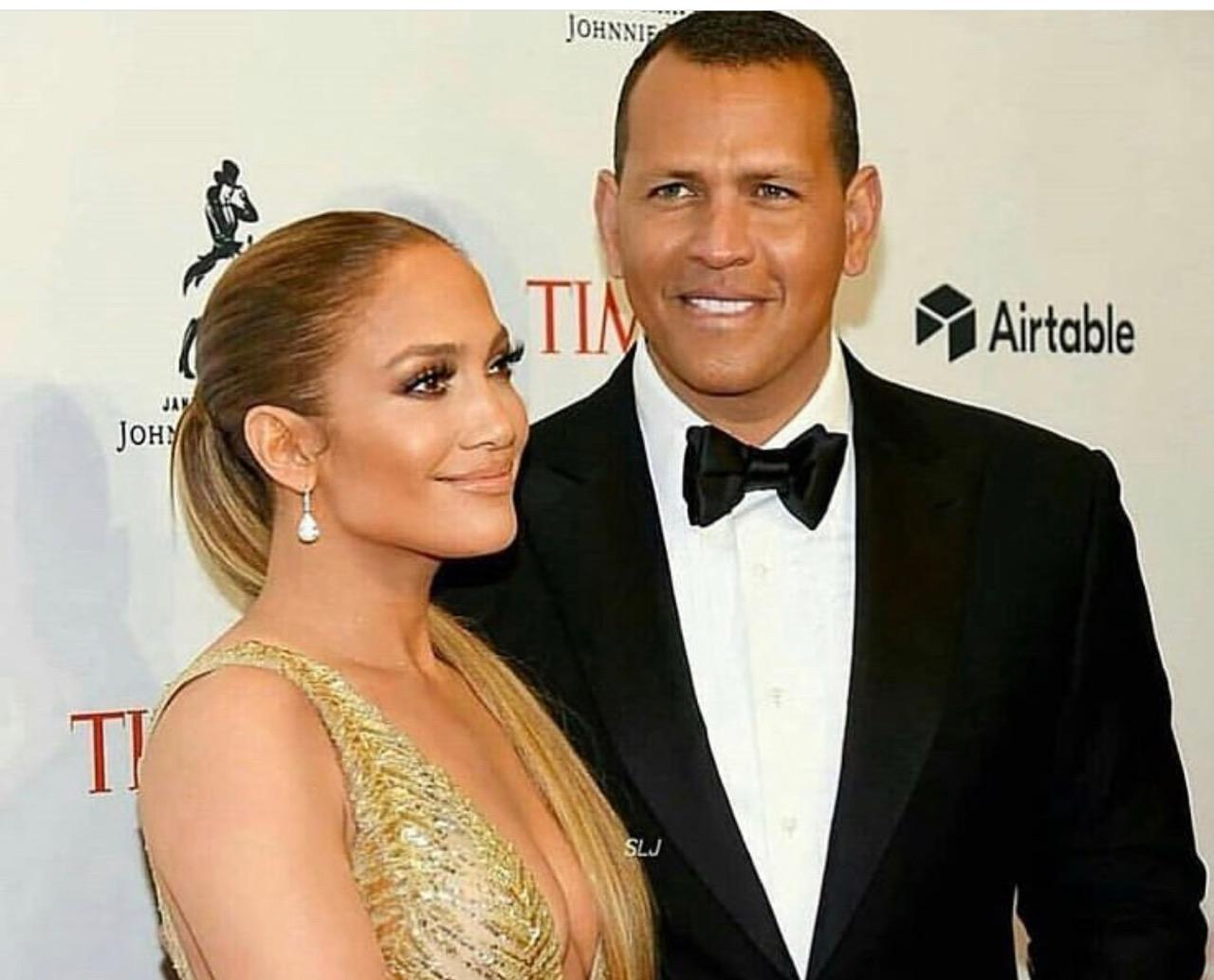 Cinema. Cuore d'oro Jennifer Lopez e Alex Rodriguez: un anno di cibo a una scuola del Tennessee