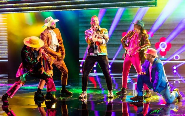 Musica, Tv. X Factor 13, 14 novembre. Quarta puntata: le assegnazioni, gli ospiti e le news alla vigilia del Live