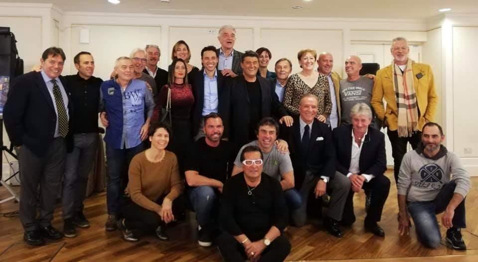 """Musica, Sport. """"Campioni e Canzoni"""": grande successo per l'evento organizzato all'Ariston di Sanremo. Ciccio della Fiori con Tacconi e Sommariva campioni anche nel canto"""
