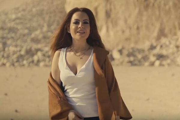 """Musica Italiana, Nuove Uscite. Claudia Megrè sogna una """"Vita Su Marte"""" con il nuovo singolo"""