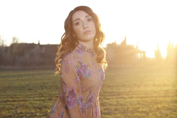 Musica Italiana, Concerti. Ylenia Lucisano: dopo De Gregori parte con il suo primo tour europeo