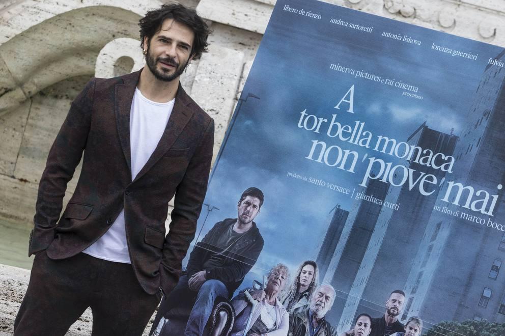 """Cinema. """"A Tor Bella Monaca Non Piove Mai"""": il debutto di Marco Bocci alla regia"""
