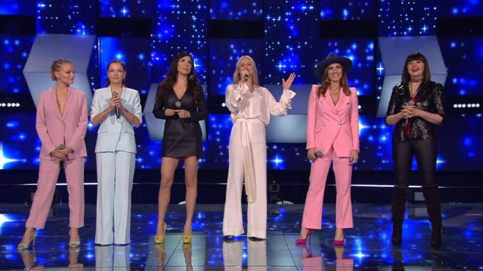 All Together Now: Le Donatella, Mietta, Michelle Hunziker, Simona Bencini e Silvia Mezzanotte