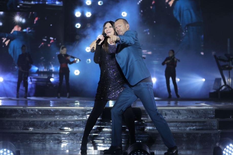 Musica Italiana, Concerti. #LBDOCU: ecco il docusocial del tour di Laura Pausini e Biagio Antonacci