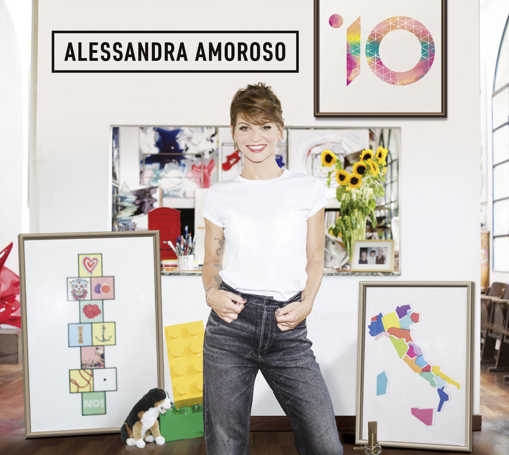"""In """"10"""" Alessandra Amoroso canta ancora il bello di vivere a colori"""