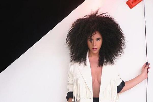 Musica Italiana, Nuove Uscite. Luna Palumbo lancia il nuovo singolo dopo il podio al Festival Della Canzone Italiana di New York