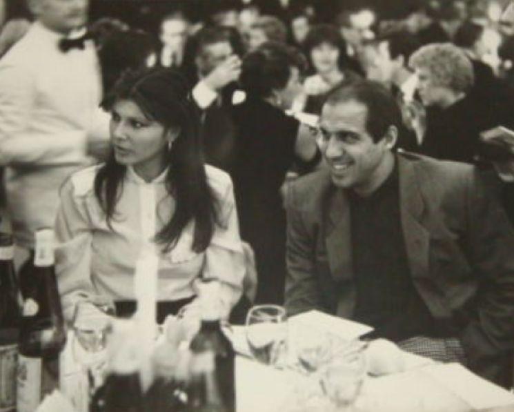 """Sanremo History. """"Vorrei ricordarti tra cent'anni"""": la sfida delle edizioni del Festival. Il '70 annienta il 2012, e ora chi vincerà tra 1981 e 1993?"""