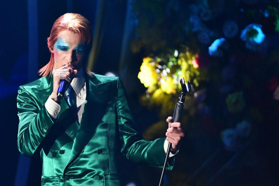 Sanremo 2020, terza serata giovedì 6 febbraio: Achille Lauro omaggia David Bowie, Tosca avanti nella classifica degli orchestrali
