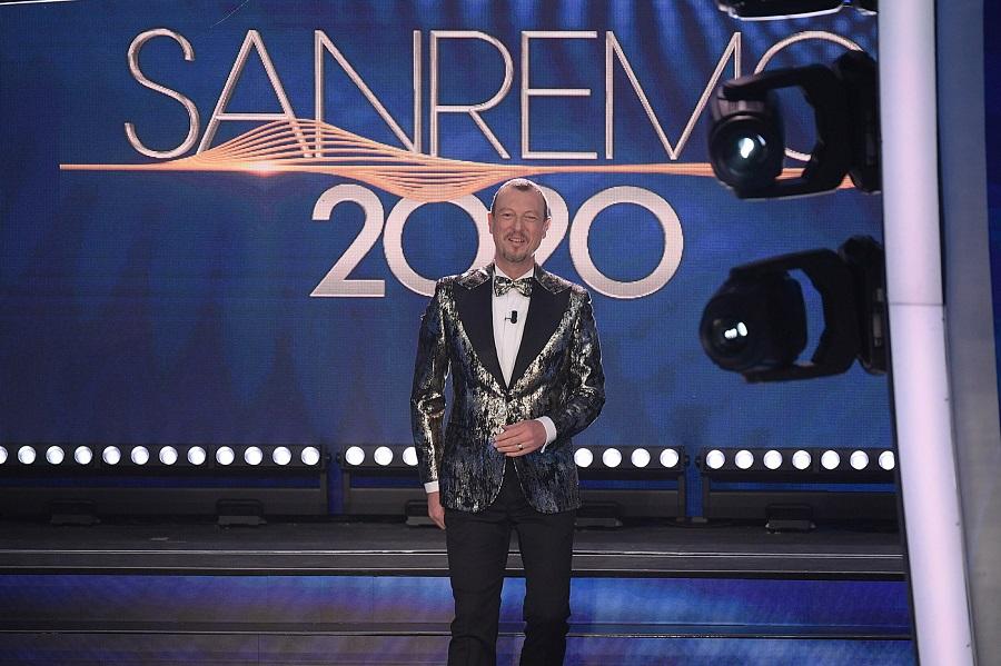 Sanremo Giovani 2021, ecco il regolamento: si abbassa l'età massima dei partecipanti