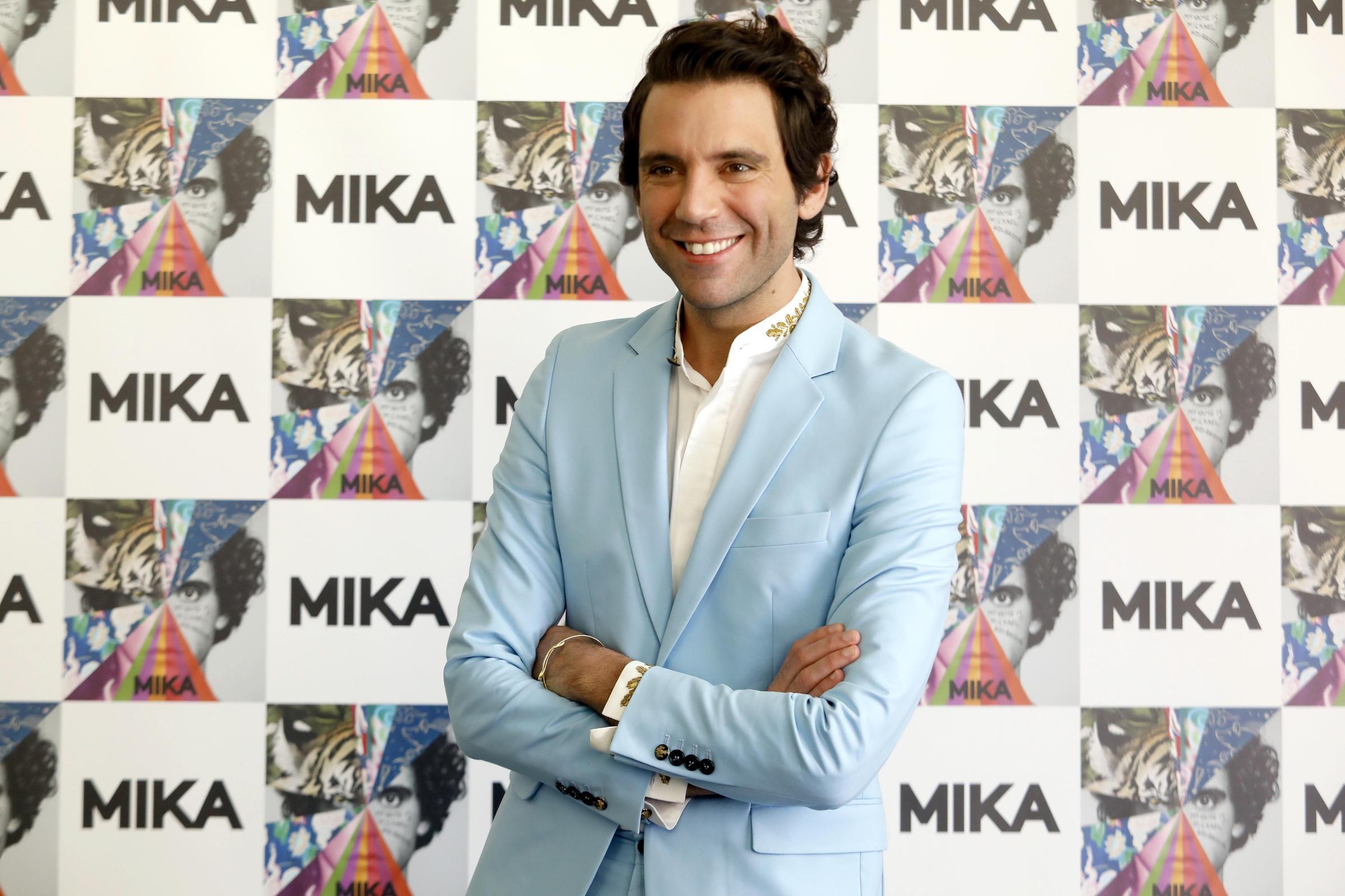 LIVE Sanremo 2020 in DIRETTA: 6 febbraio. Tosca si esalta con Piazza Grande e l'orchestra la premia! Sale Anastasio, scende Gabbani