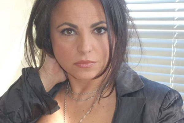 """Francesca Alotta, da """"Non amarmi"""" a Ora o Mai Più con tanti drammi nel suo percorso: """"Lotto contro il cancro"""""""
