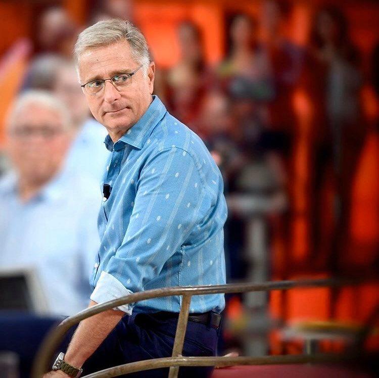 """Mediaset sospende le puntate di Avanti un Altro, ma Paolo Bonolis non è d'accordo: """"Avanti un Altro in replica? Il programma è già pronto"""""""