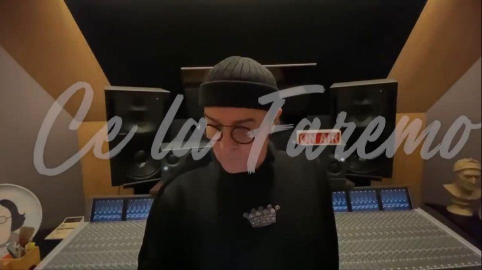 #WEAREITALY. Renato Zero registra una commovente interpretazione del brano Amico VIDEO