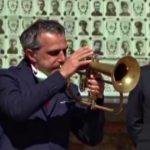 25 aprile, il commuovente omaggio di Paolo Fresu in piazza a Bologna (VIDEO)