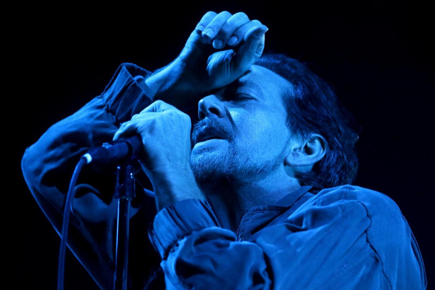 """Pearl Jam, la band di Seattle è tornata: """"Gigaton"""" è l'album più venduto della settimana"""