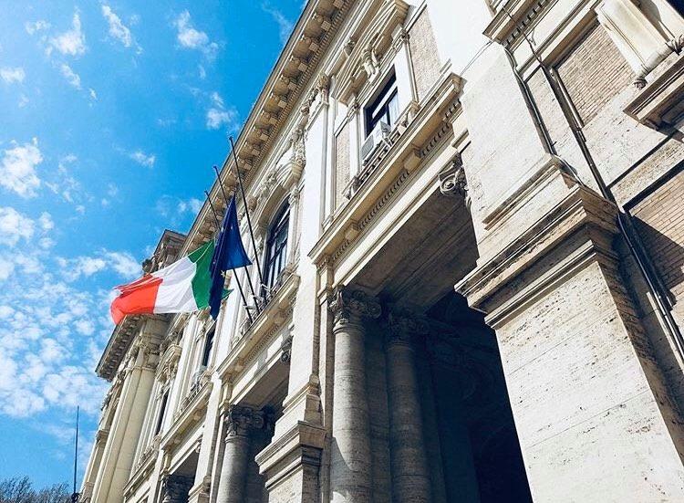 """Bozze Decreto Scuola: """"Nessun bocciato e nessun rimandato"""""""
