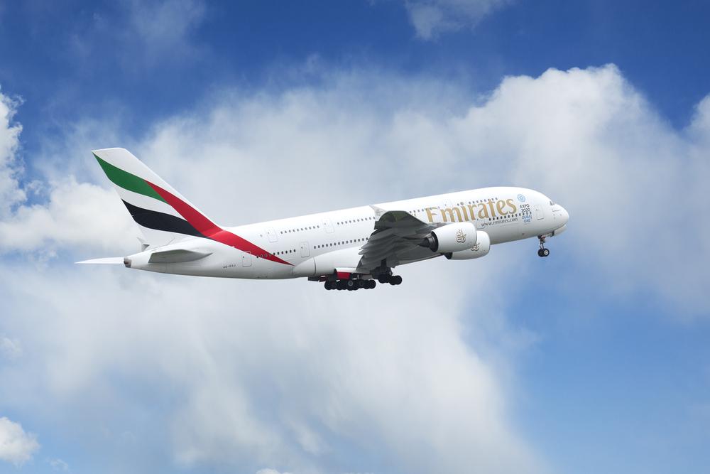 Coronavirus, nuova iniziativa di Emirates per i passeggeri: test sierologici prima di volare