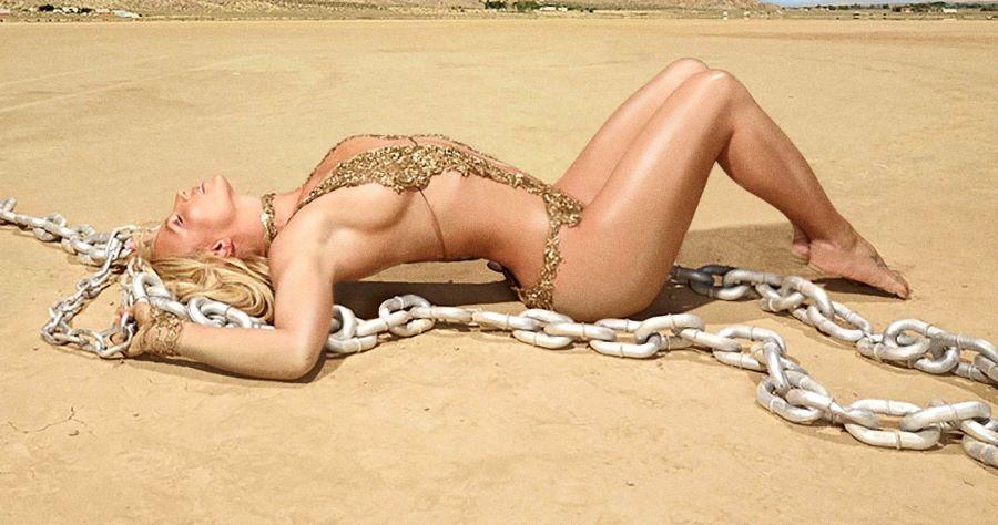 """""""Glory"""": l'affetto del pubblico e la discontinuità di Britney Spears"""