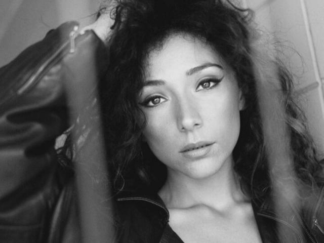 """La cantautrice lucana Tarsia lancia il singolo """"Passi"""": folk e romantico, racconta l'importanza delle esperienze di vita"""