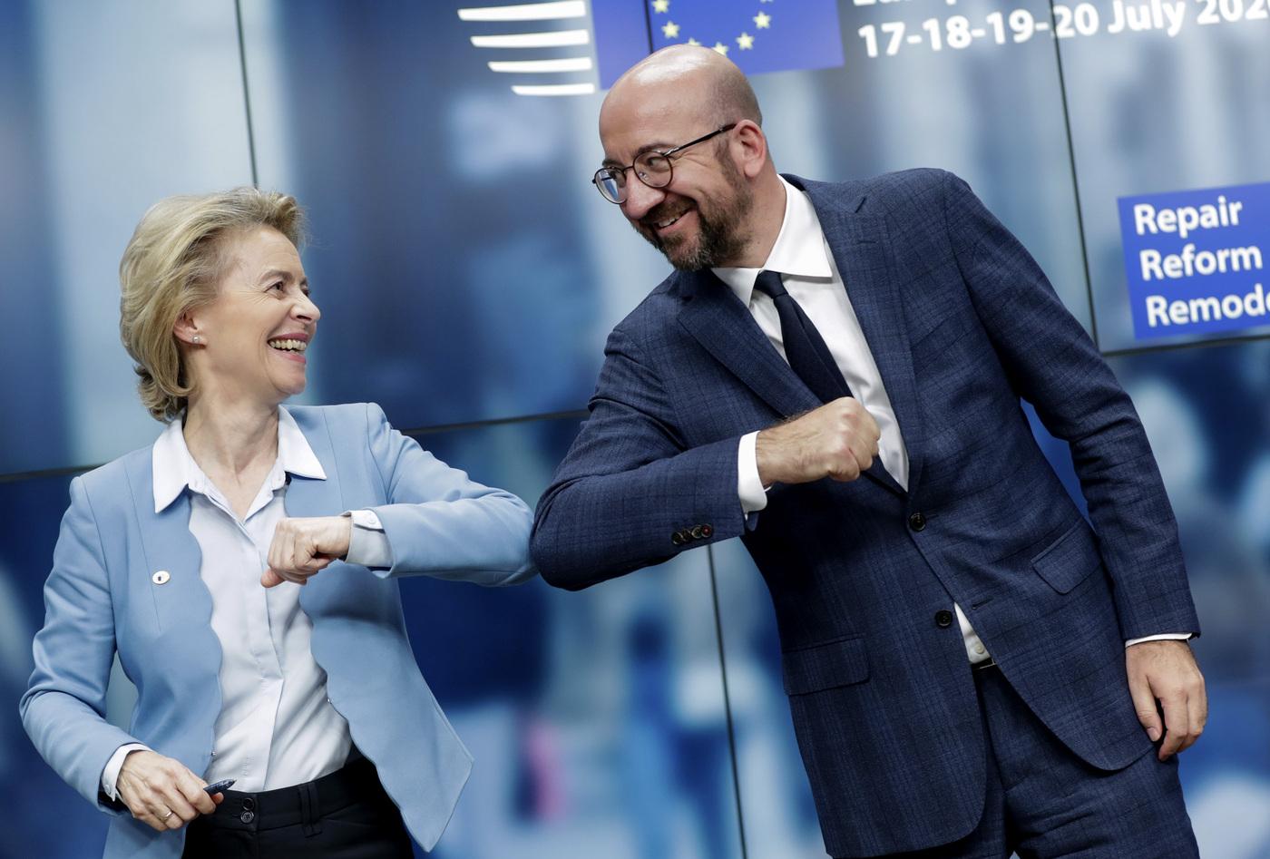 Consiglio europeo, l'accordo all'alba del quinto giorno