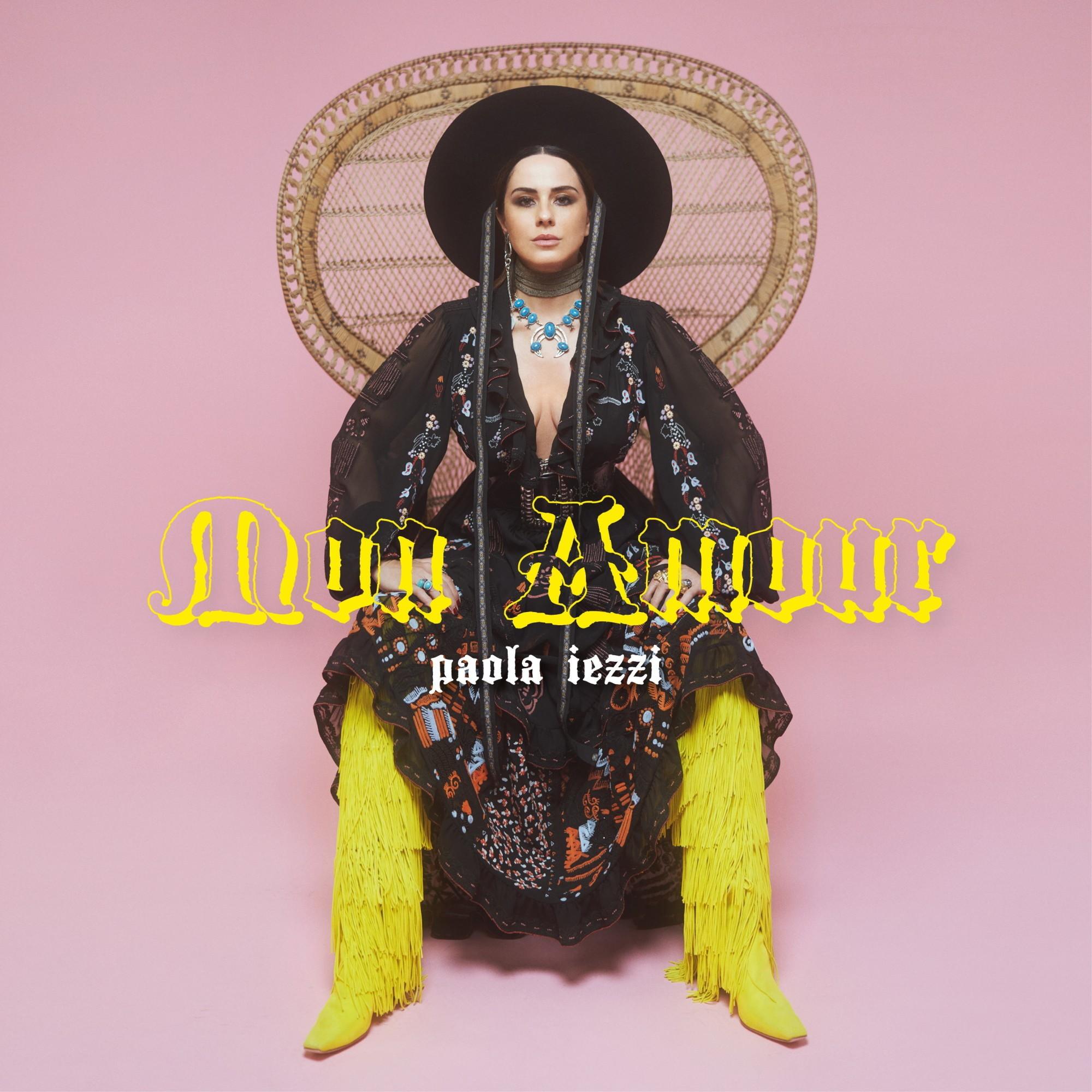 """Paola Iezzi, nostalgia e ritmi anni '80 nella sua  """"Mon Amour"""""""
