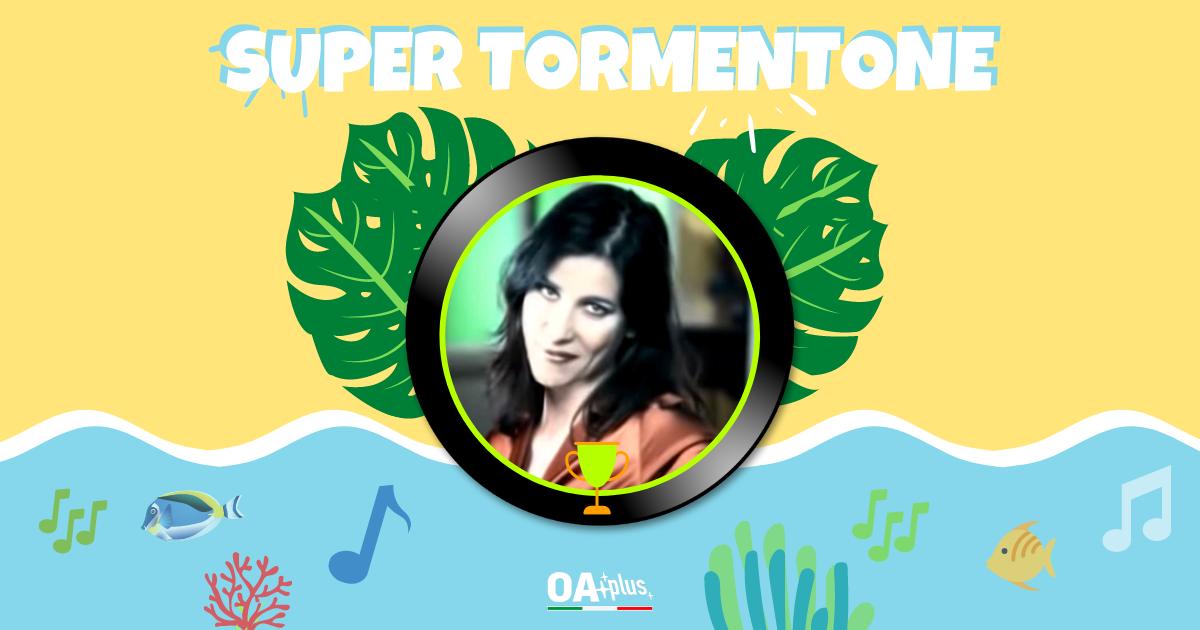 """SUPER TORMENTONE: """"Sai che è un attimo"""" batte """"Un'estate al mare"""", Paola Turci accede alla finale"""
