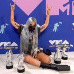 """MTV Video Music Awards 2020: Lady Gaga regina della serata con 5 vittorie. The Weeknd vince il premio """"Video of The Year"""""""