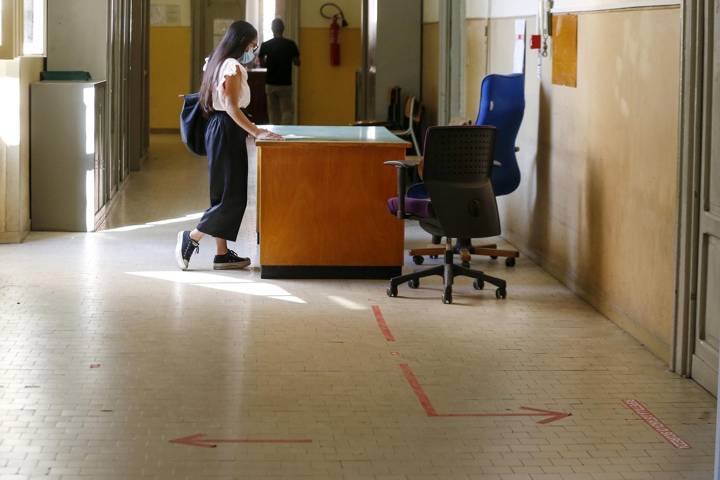 Scuola, ecco il piano dell'Istituto Superiore di Sanità per il rientro in sicurezza