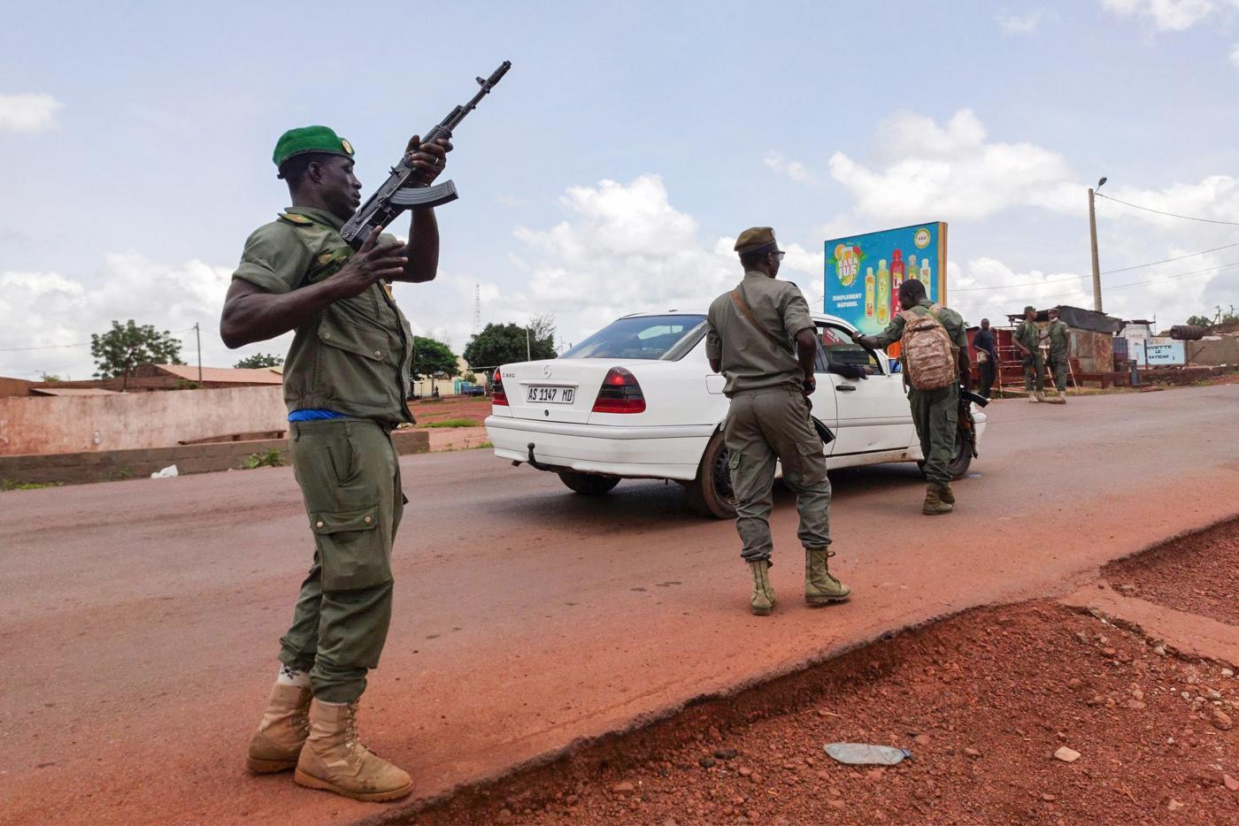 Colpo di Stato in Mali, arrestati presidente e primo ministro. Preoccupazione nella comunità internazionale
