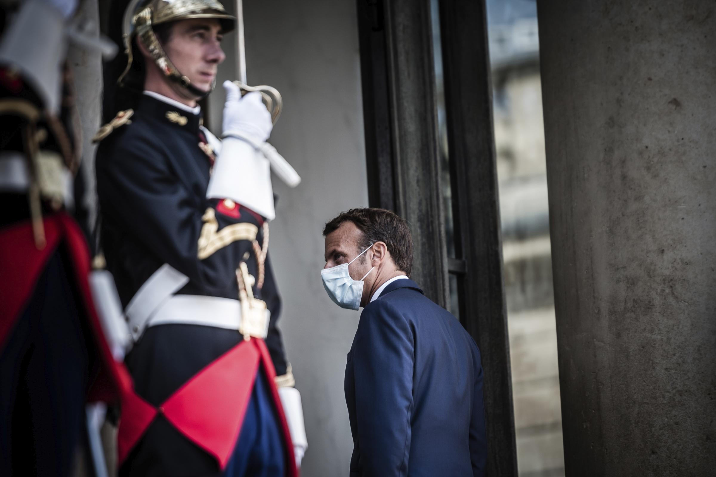 Parla Macron: Covid, ritorno quarantena escluso ma non impossibile