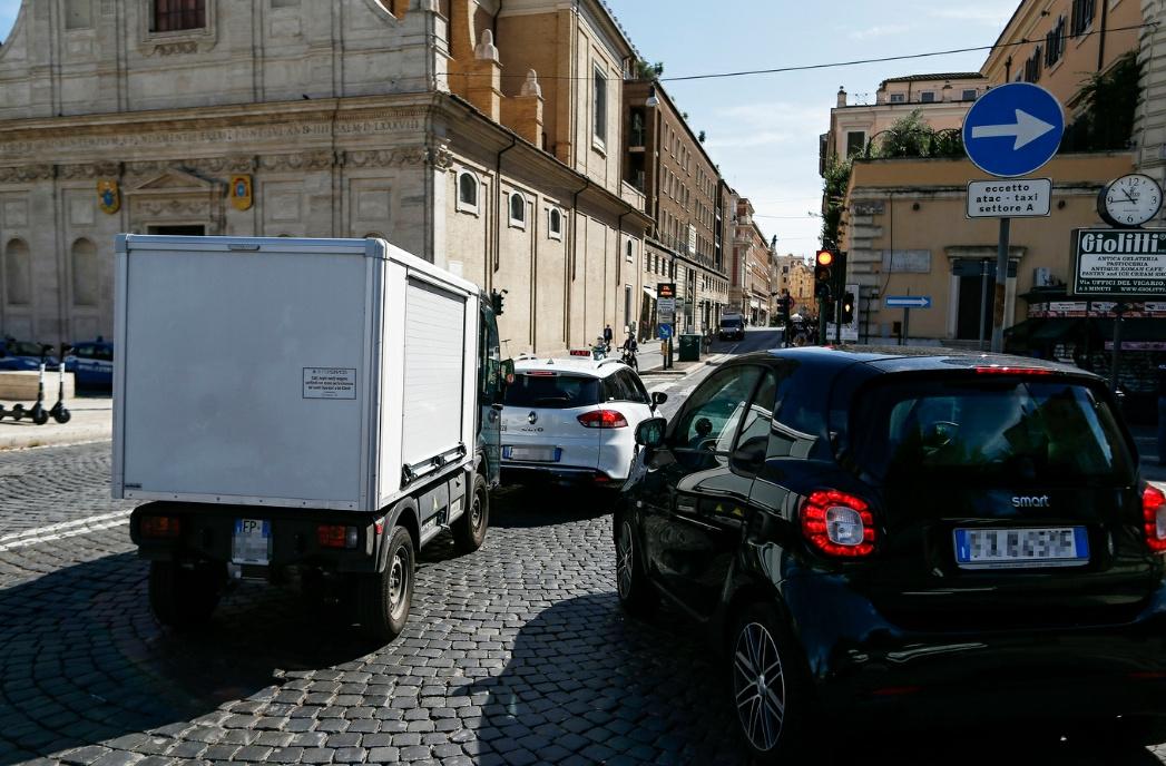 Nuovo codice della strada, anche loro ora possono fare le multe