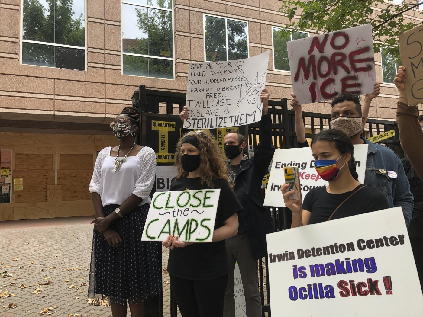 USA, orrore nel centro migranti. Asportazioni di utero a donne inconsapevoli