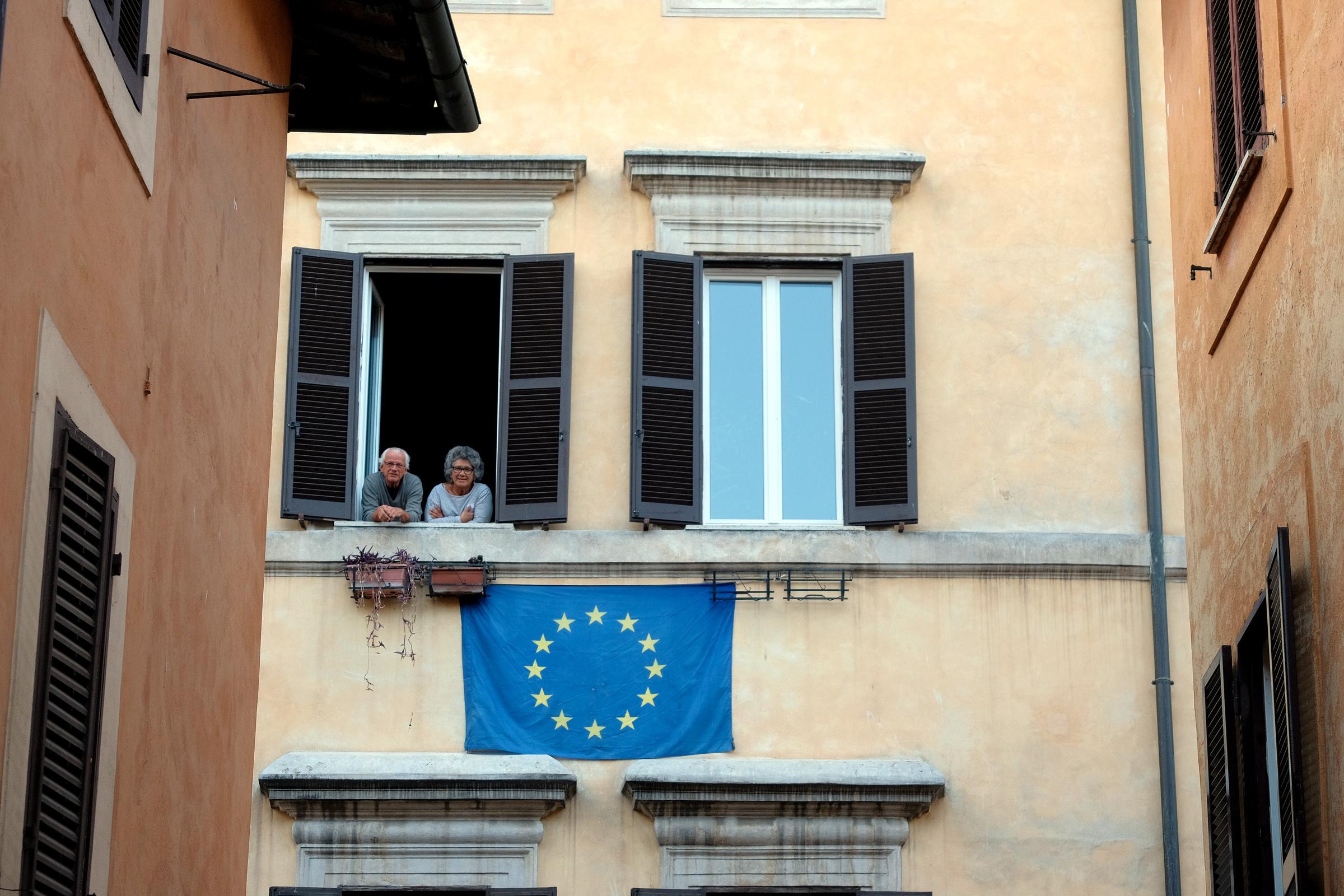 Coronavirus in Europa. Tra nuovi lockdown e borse in picchiata