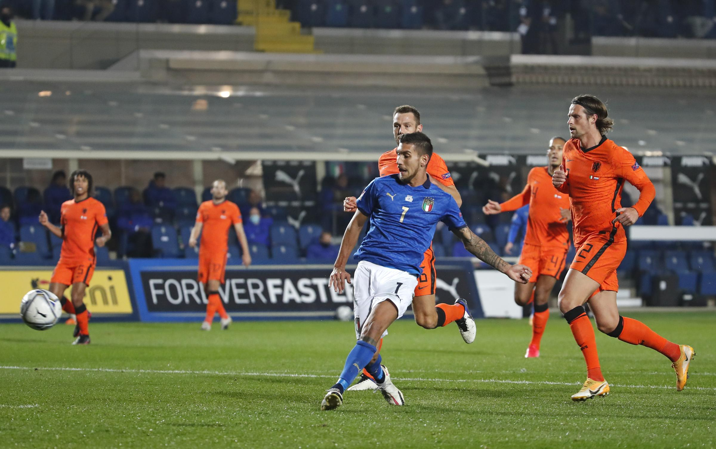 Nations League 2021. Italia-Olanda 1-1, le OA Pagelle. Barella e F. De Jong superlativi, stecca Immobile