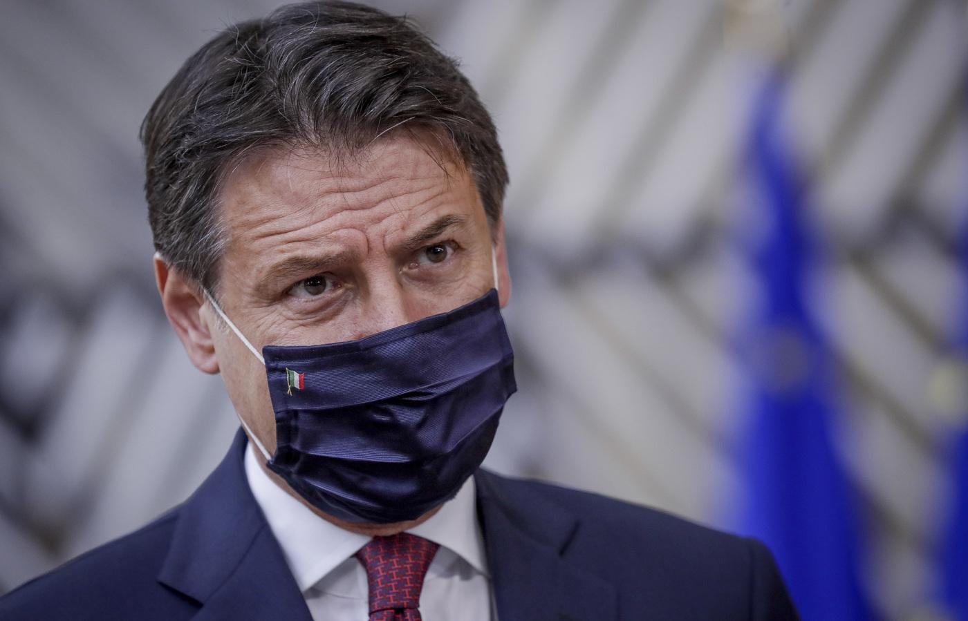 """Emergenza Covid, il premier Conte: """"Siamo pronti a intervenire di nuovo se necessario"""""""