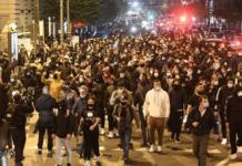 Proteste Napoli contro lockdown