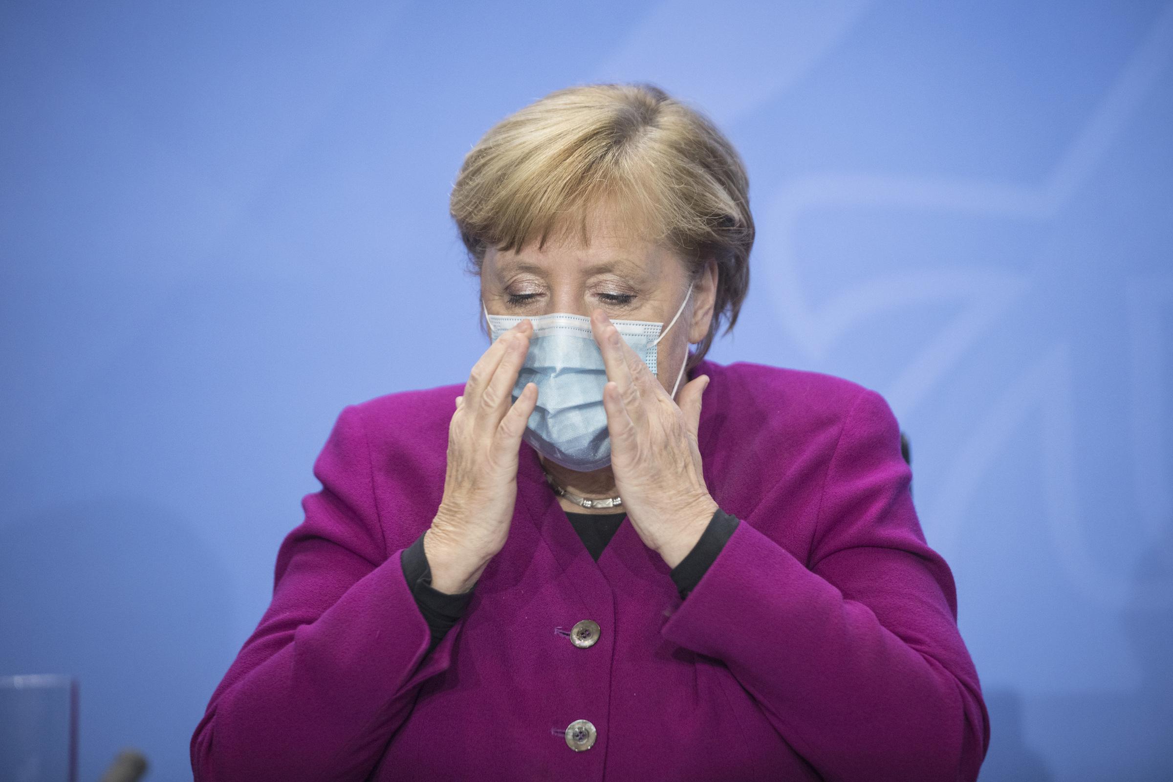 A Lipsia si protesta contro le misure anti-contagio