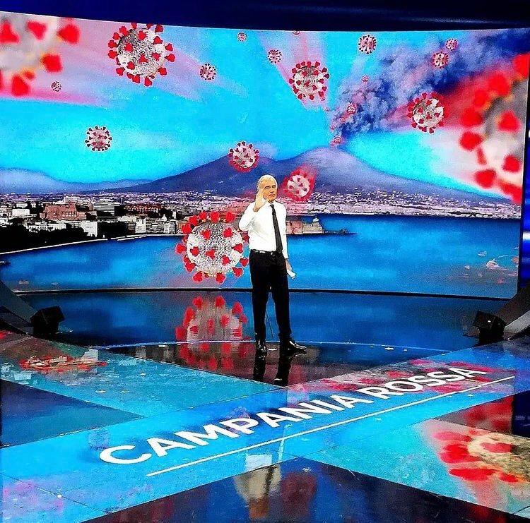 """Polemiche su Twitter per Giletti che mostra un'immagine del Vesuvio che erutta Covid: """"E' propaganda elettorale leghista. Non è la Pena"""". Lui chiarisce immediatamente"""