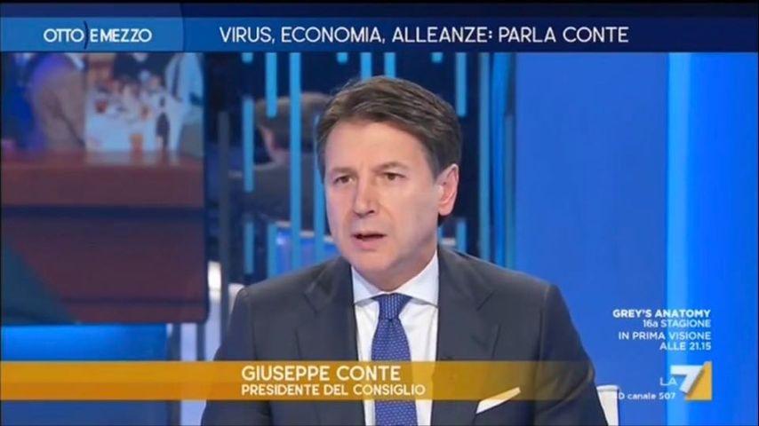 Il Premier Conte ieri in tv con tosse e raffreddore. Panico sul web