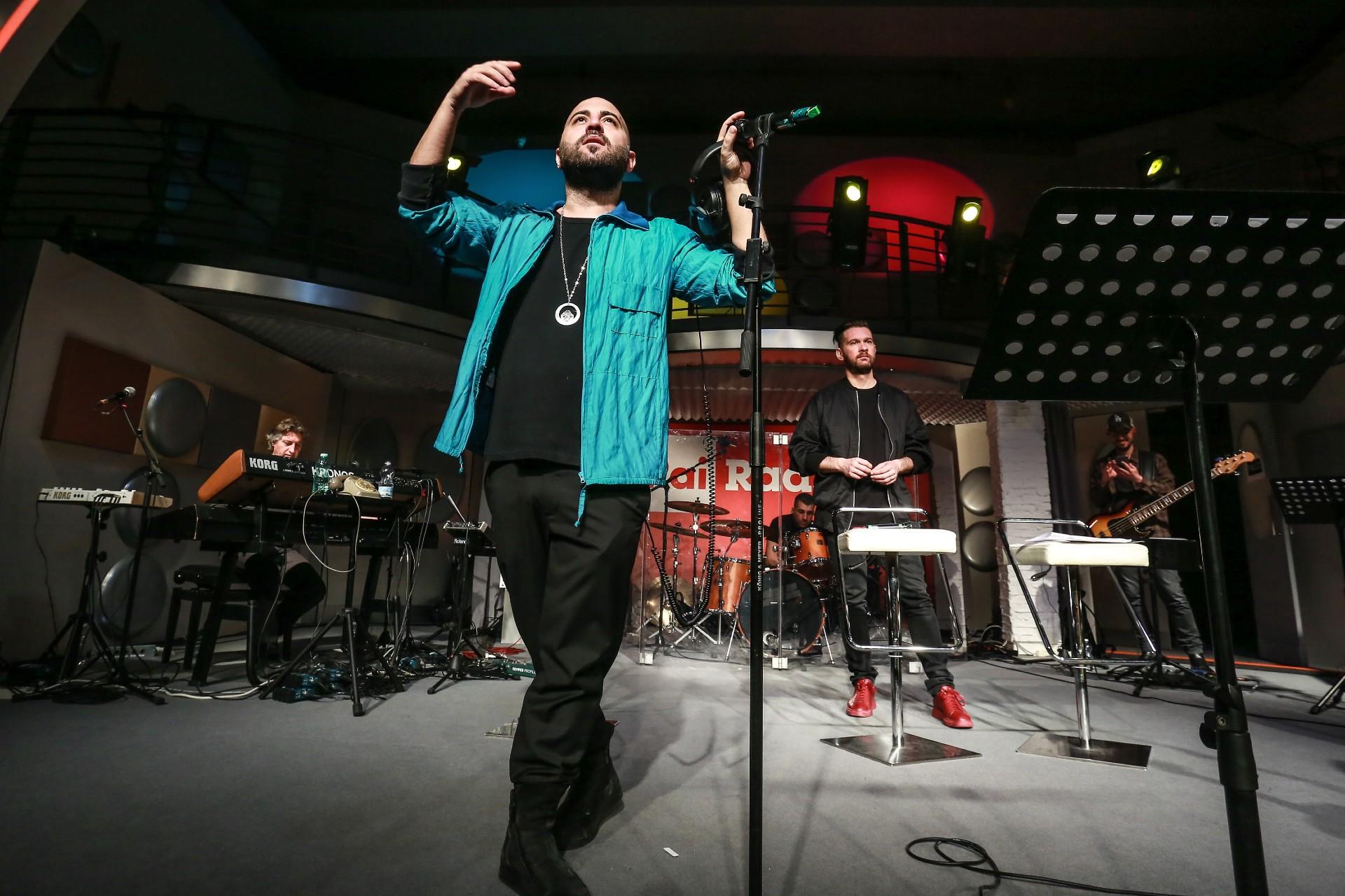"""""""Contatto"""", finalmente fuori l'atteso nuovo album dei Negramaro. All'interno anche un featuring con Madame"""