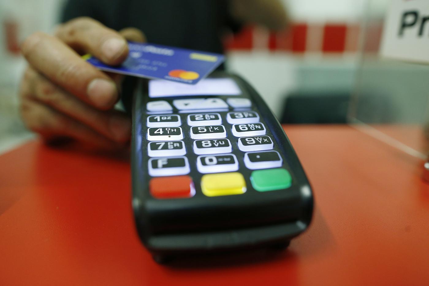 Al via il Piano Cashback per i pagamenti elettronici: previsti rimborsi fino a 3.450 euro il primo anno