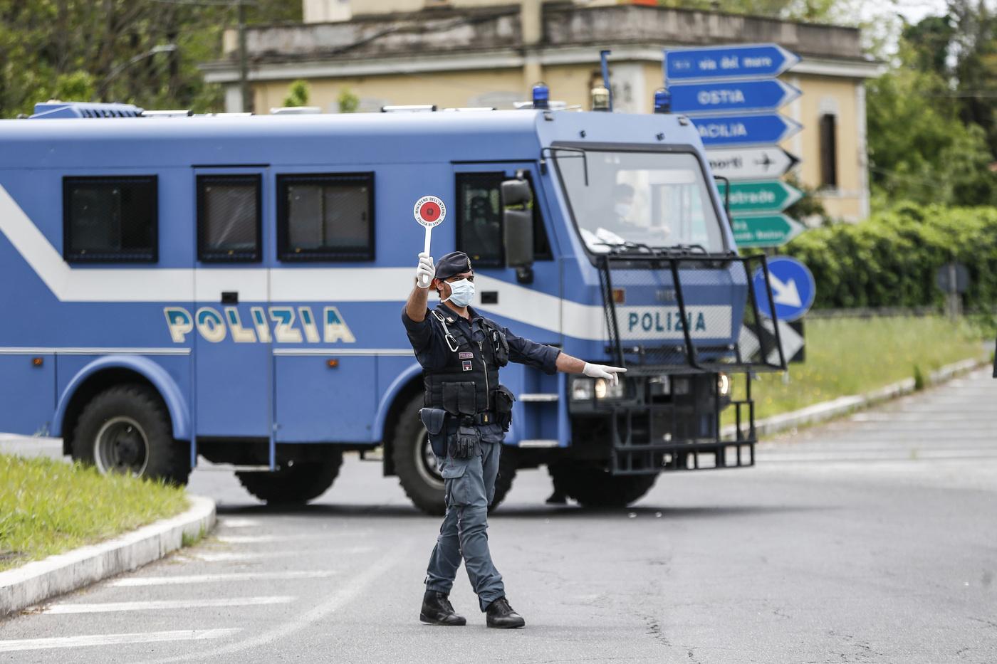 Emergenza Covid, scatta la proroga di 30 giorni al divieto di spostamento fra Regioni