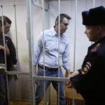 Navalny: persi 8 kili in carcere ma lo sciopero della fame non c'entra