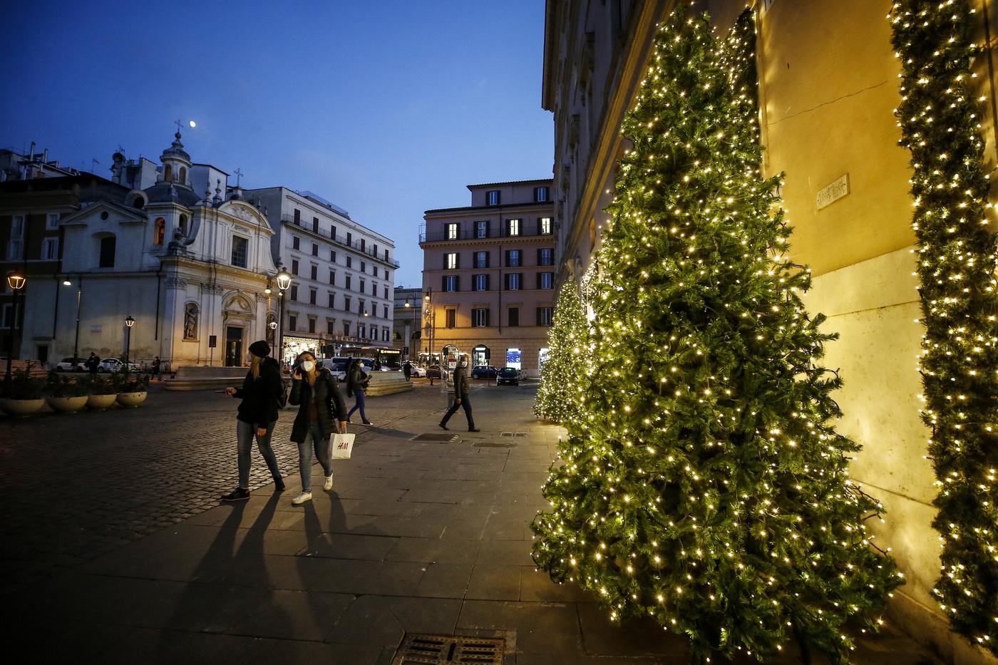 Vietato spostarsi a Natale: arriva la conferma. Nel nuovo Dpcm nessuna deroga