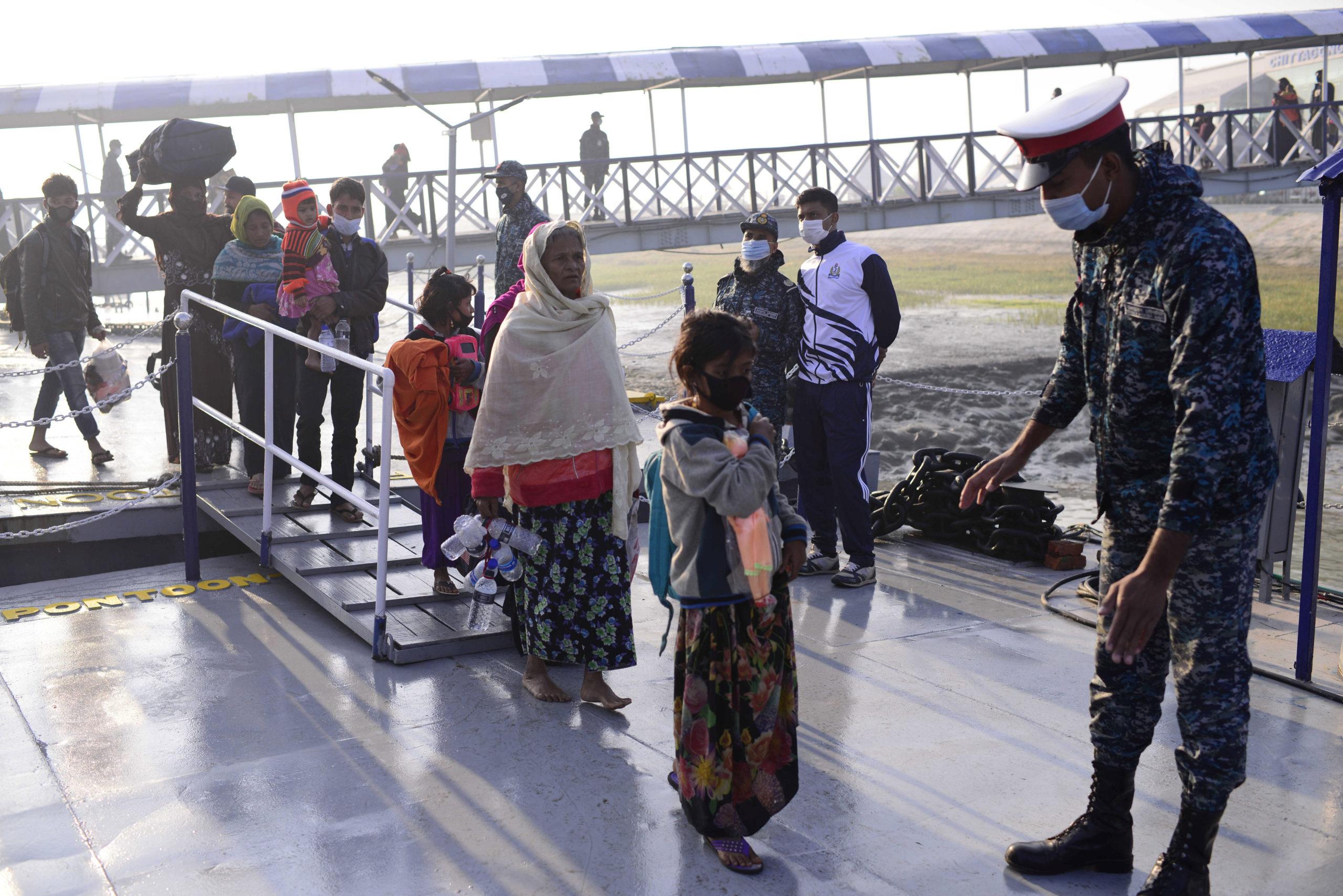 Bangladesh: campo profughi su isola a rischio inondazioni