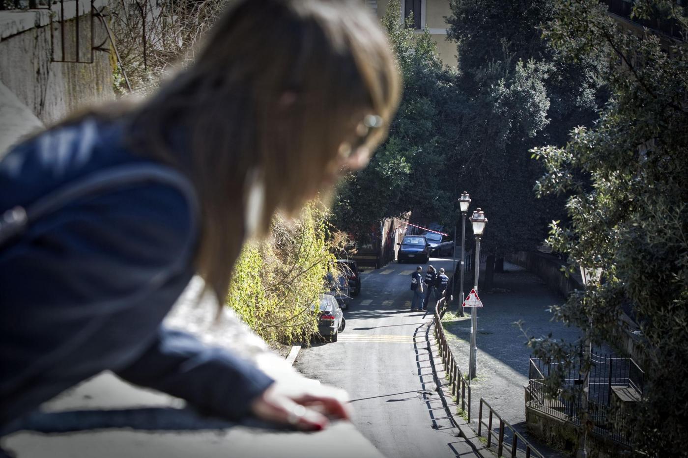 Violenta minorenni usando la figlia della partner come esca e fingendosi psicoterapeuta: italiano arrestato, orrore a Santo Domingo