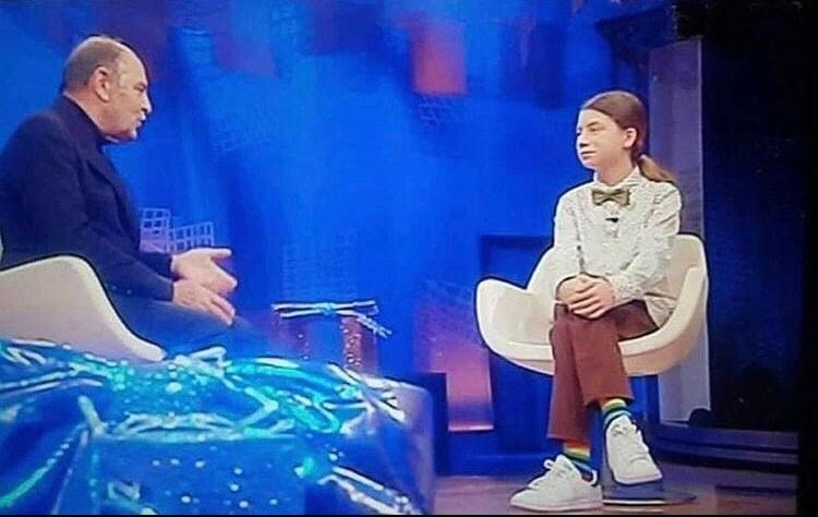 """""""I pipistrelli non sono uccelli, ma mammiferi"""". Così un tredicenne corregge in tv Bruno Vespa"""
