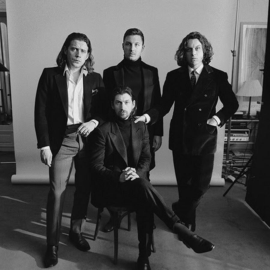 Arctic Monkeys, dall'album di debutto più venduto nella storia della classifica britannica al futuro prossimo di nuovo in studio. Pandemia permettendo…