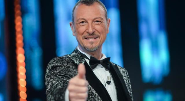 Sanremo 2021 s'ha da fare: Amadeus apre a un Sanremo senza pubblico e posticipato