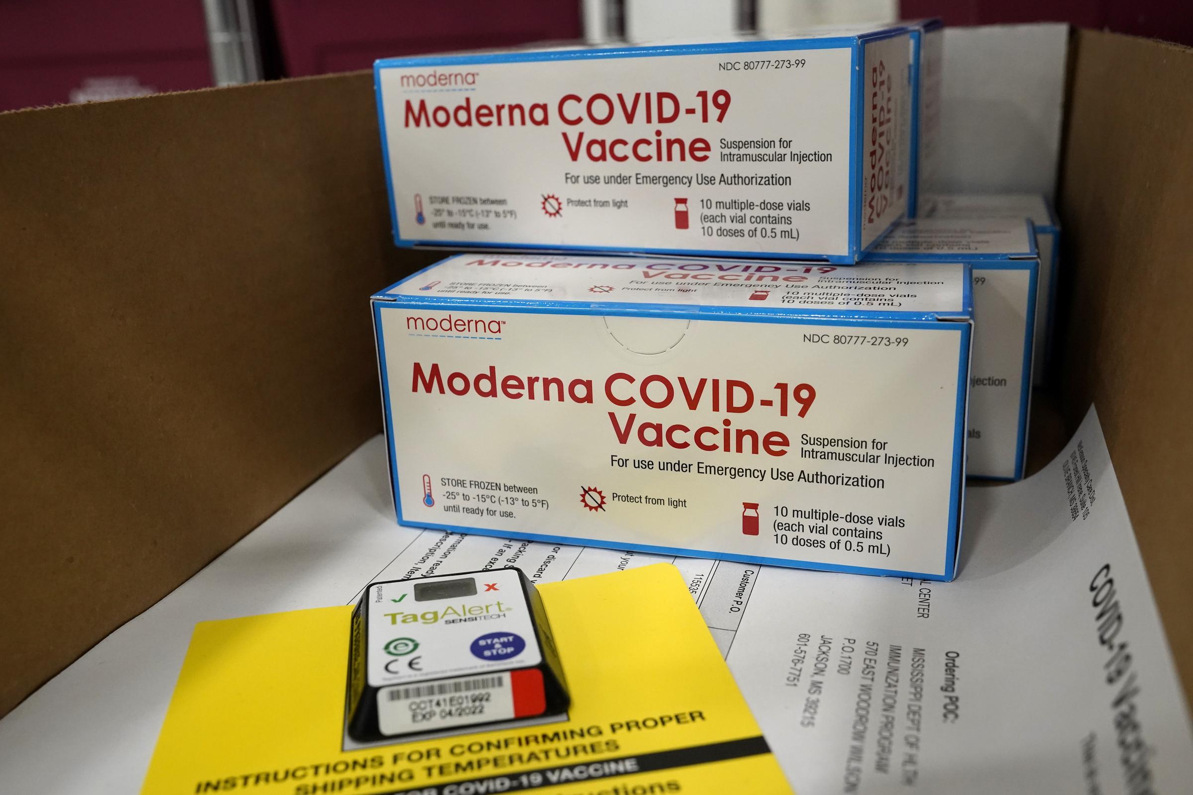 Vaccini: via libera dell'Ema a quello prodotto da Moderna